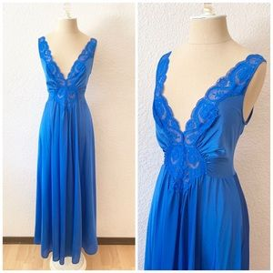 Vintage Olga Grand Sweep Nightgown Lingerie